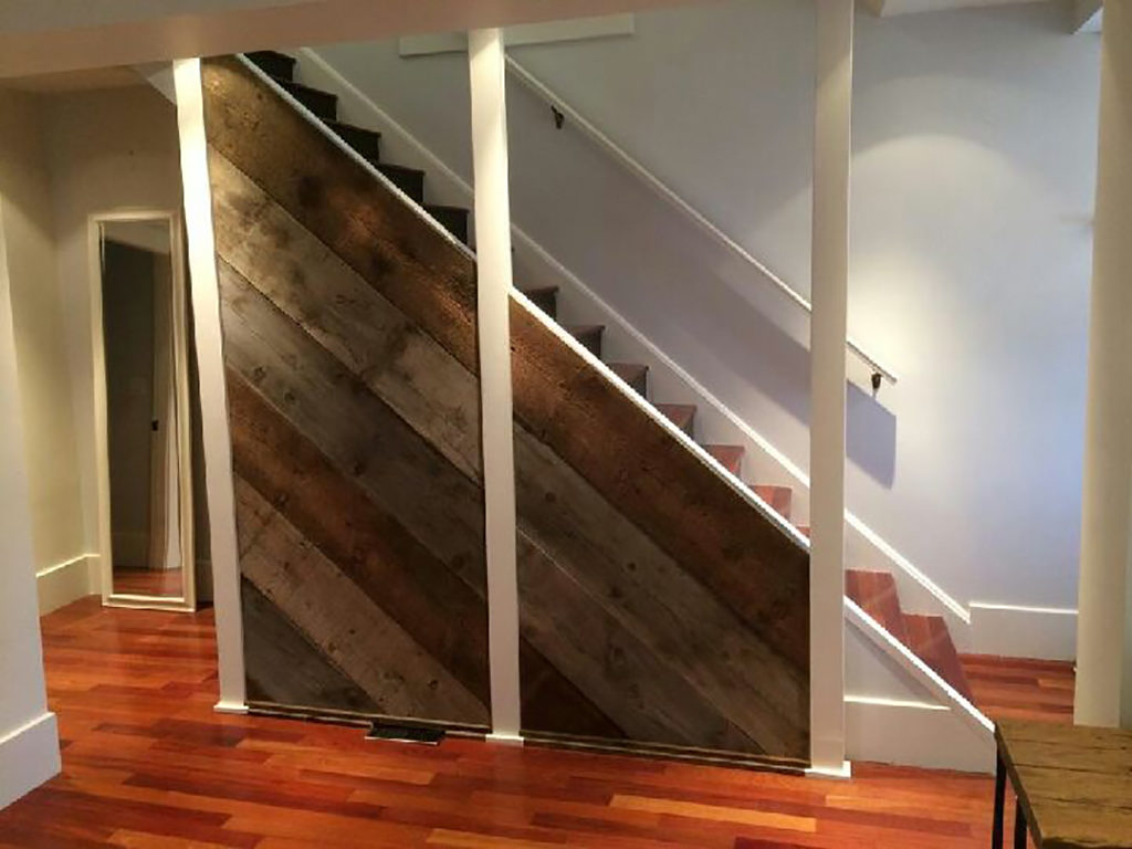 Reclaimed barnwood accent on a staircase